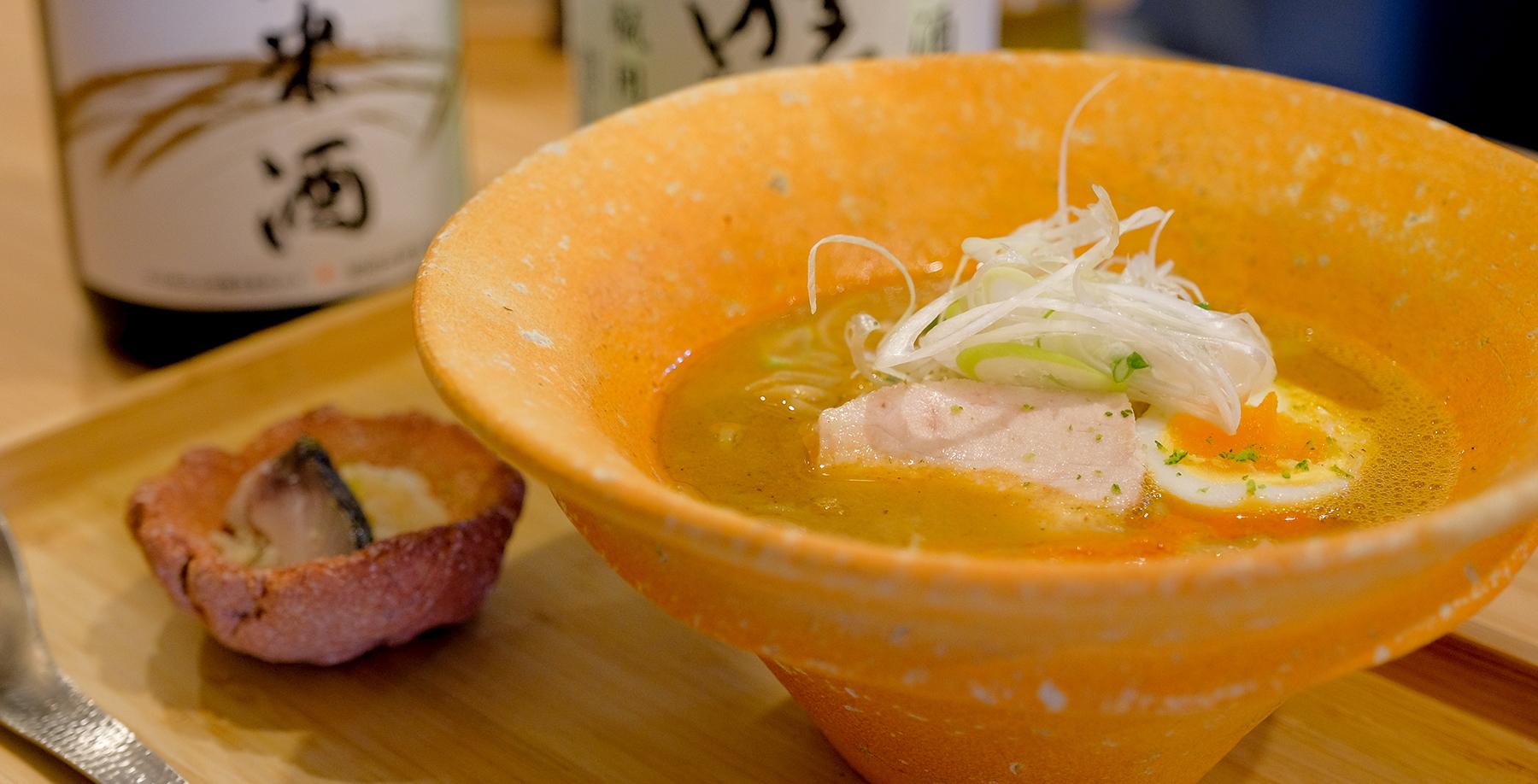 やまなか らーめん本町、西本町のラーメン激戦区に季節に合わせた魚介スープと自家製麺で勝負する。ラーメン屋。ラーメンコースなどつねに挑戦し続ける山中酒の店の直営店